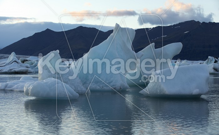 Floating Icebergs in Jokulsarlon Glacier Lagoon Iceland Photo #57132