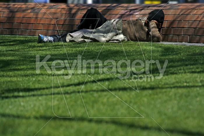 A homeless man sleeping Photo #4549