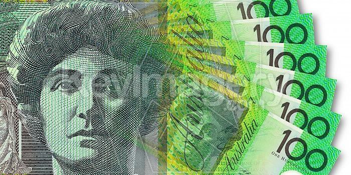 Australian One Hundred Dollar Note Photo #42691