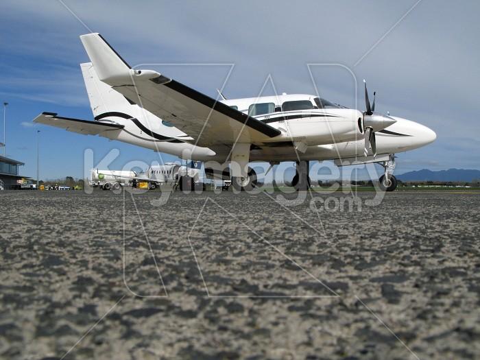 Corporate jet on the tarmac Photo #4282