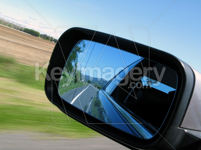 Country scene in the side mirror Photo #4956