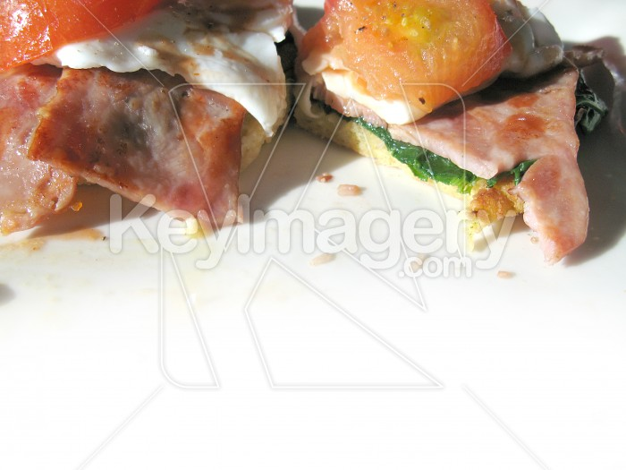 Egg, bacon, spinach and tomato Photo #2246