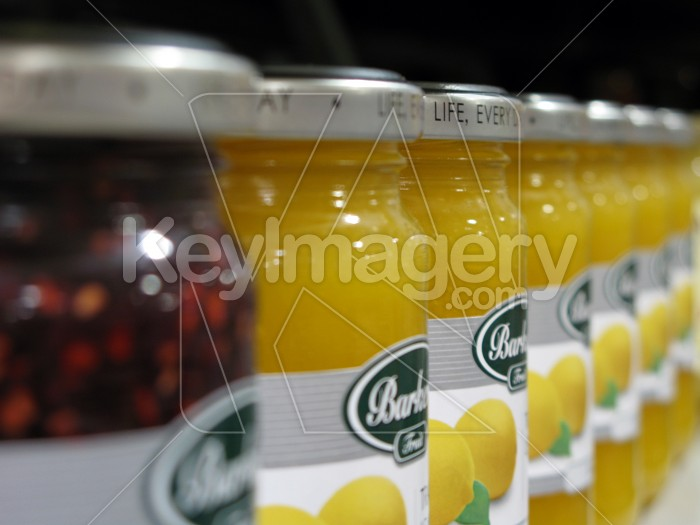 Jars of jam on the shelf Photo #4958