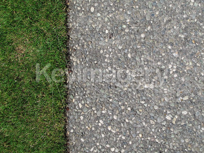Pavement edging to the grass Photo #6527