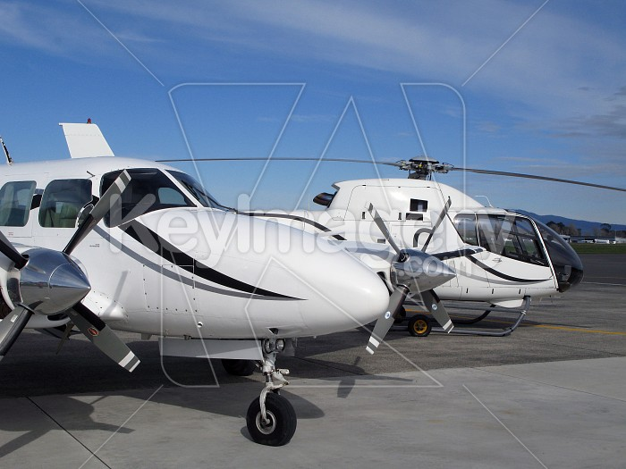 Private jet and helicopter Photo #4183