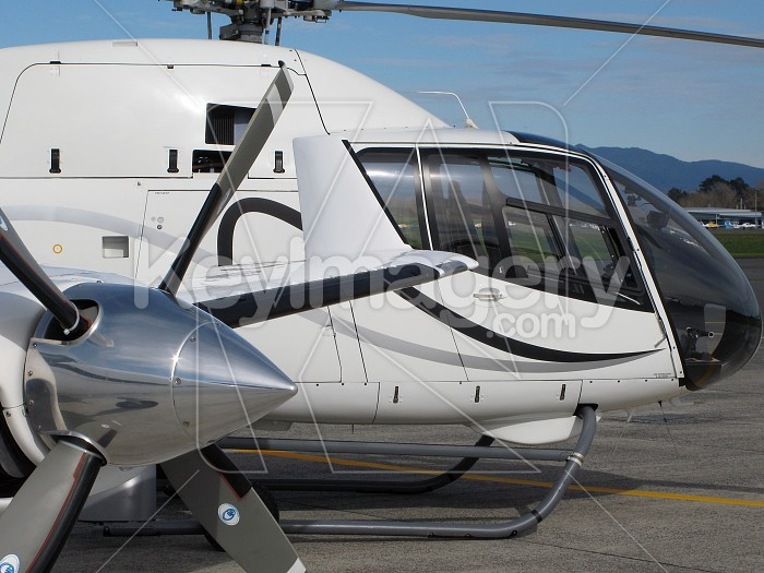 Private jet and helicopter Photo #4185