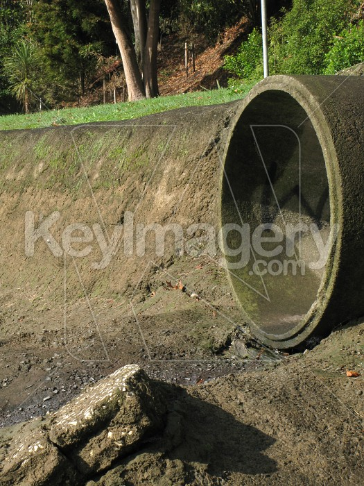 Stormwater pipe outlet Photo #1984