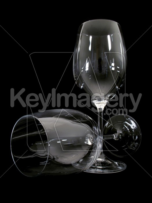 Two wine glasses - one lying down Photo #2306
