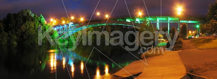 Victoria Bridge over Waikato River Photo #404