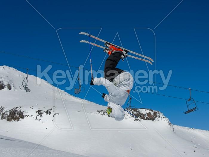 INVERTED SKIER Photo #4033