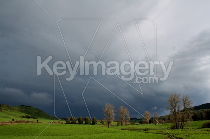 Thundery clouds Photo #4686