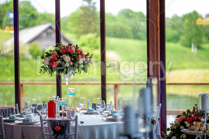 Wedding table decorated with flowers and dishes Photo #61656