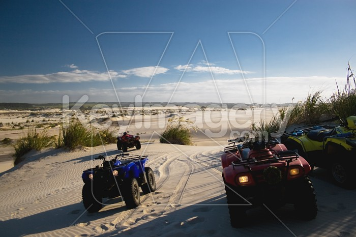 Ninety Mile Beach, Quad bikes Photo #7367