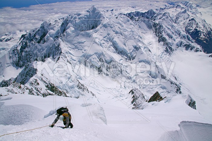 Last rope length to summit of Mt Cook Photo #4578