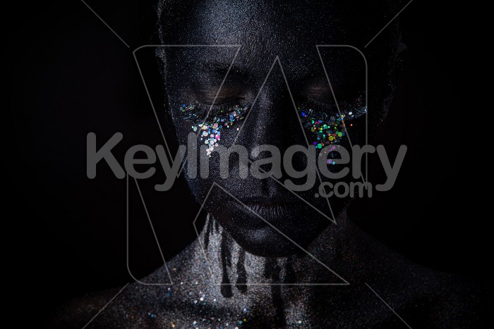 Girl in black makeup with sparkles Photo #61905