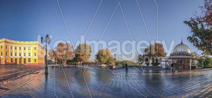 Odessa seaside boulevard in the autumn morning Photo #60980