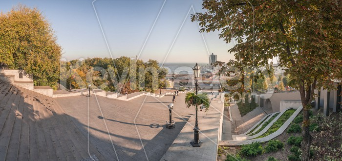 Odessa seaside boulevard in the autumn morning Photo #60981