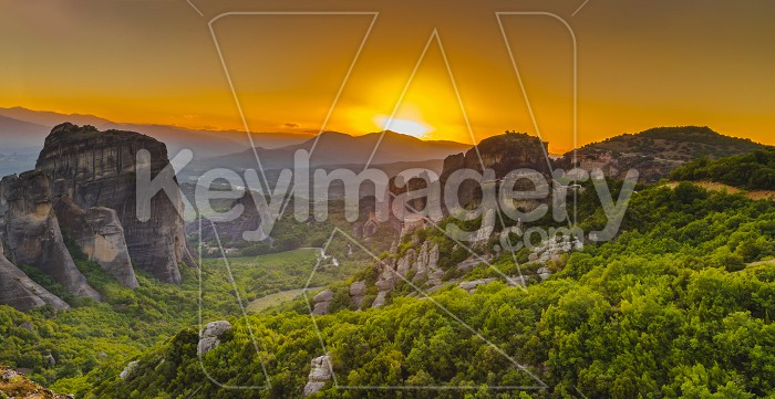 Panoramic view of the monasteries of Meteora at sunset Photo #61713
