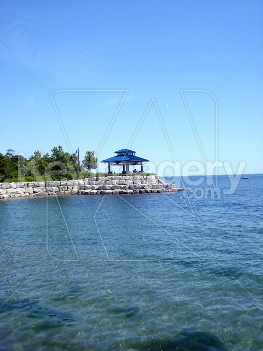 Gazebo by waterfront Photo #12743