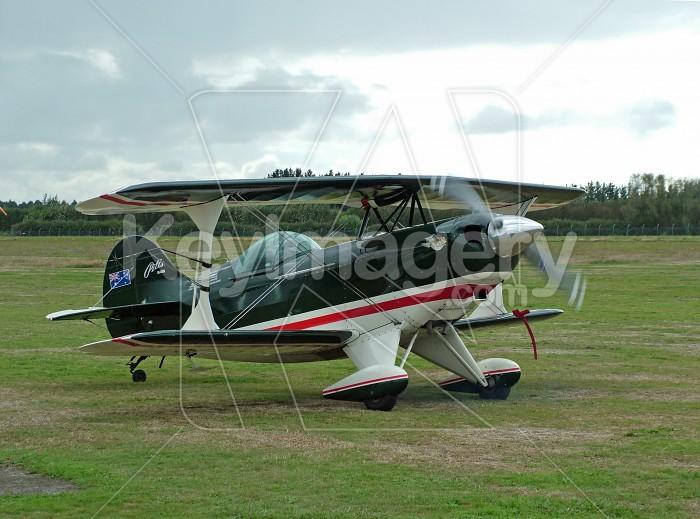 bi plane taking off Photo #935