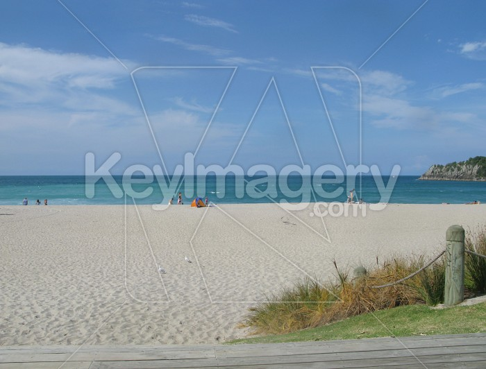 Empty beach Photo #7621