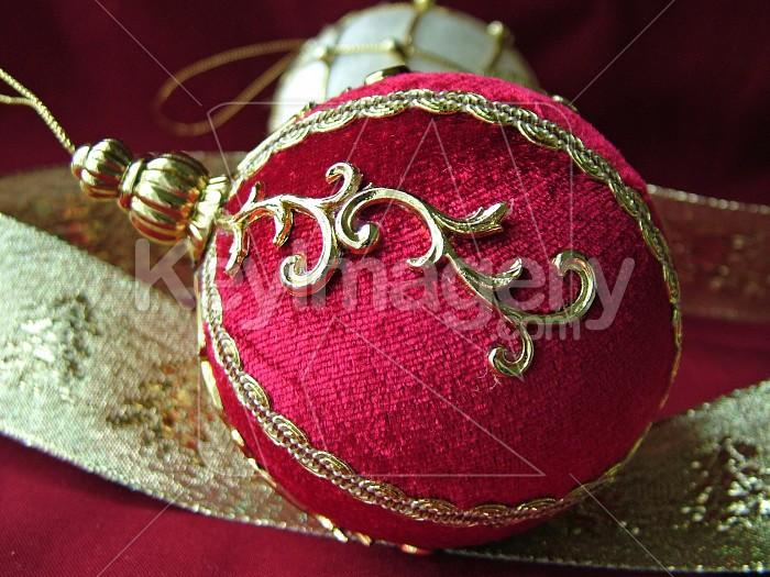 Red Christmas ball Photo #4909