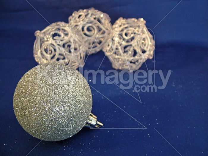 silver ball and glass balls Photo #4594