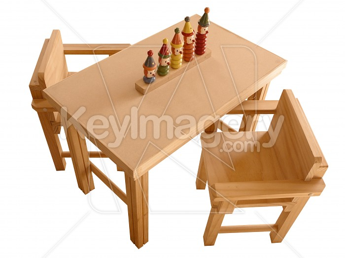 Childs table and chairs ready to use Photo #1713
