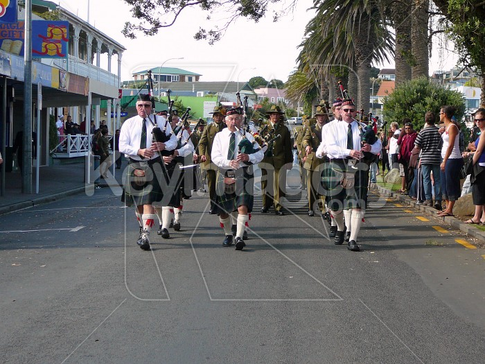 Pipers leading march Photo #1154