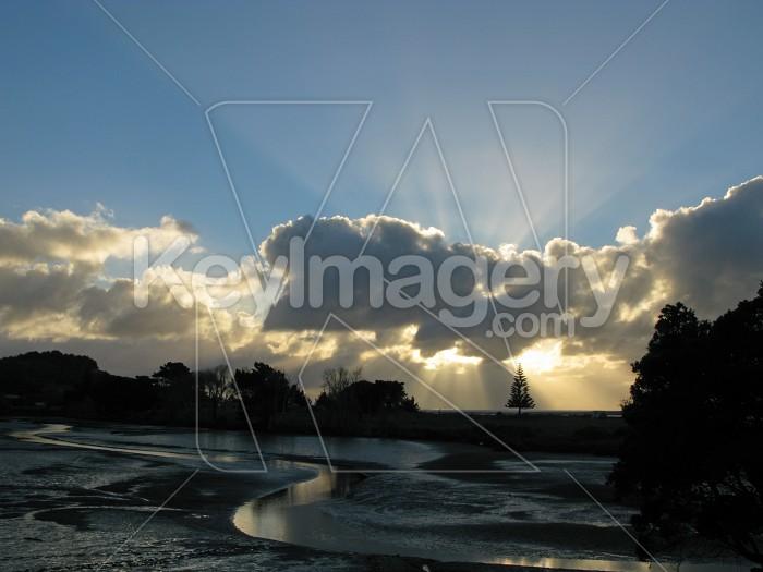 Sun shining through 4 Photo #12403