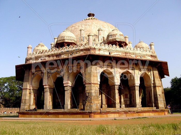 Isa Khans tomb is situated near the Mughal Emperor Humayuns Tomb complex in Delhi Photo #35023